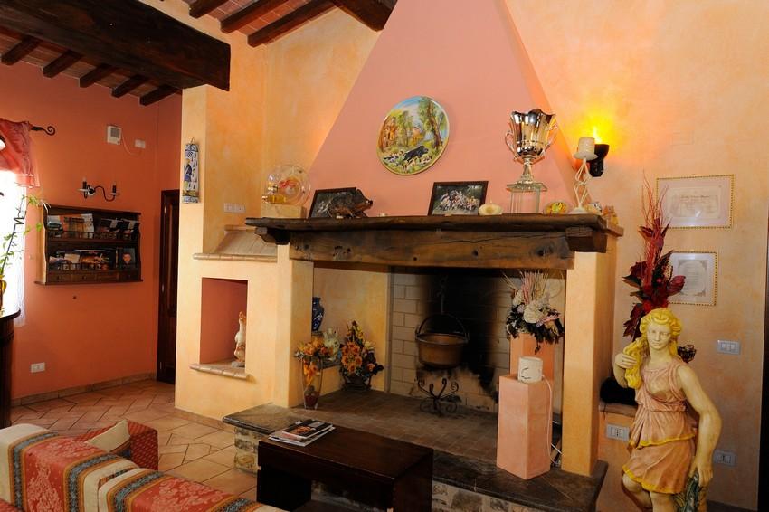 Lastminute Ognissanti in Country House con ristorante tra Todi e Perugia