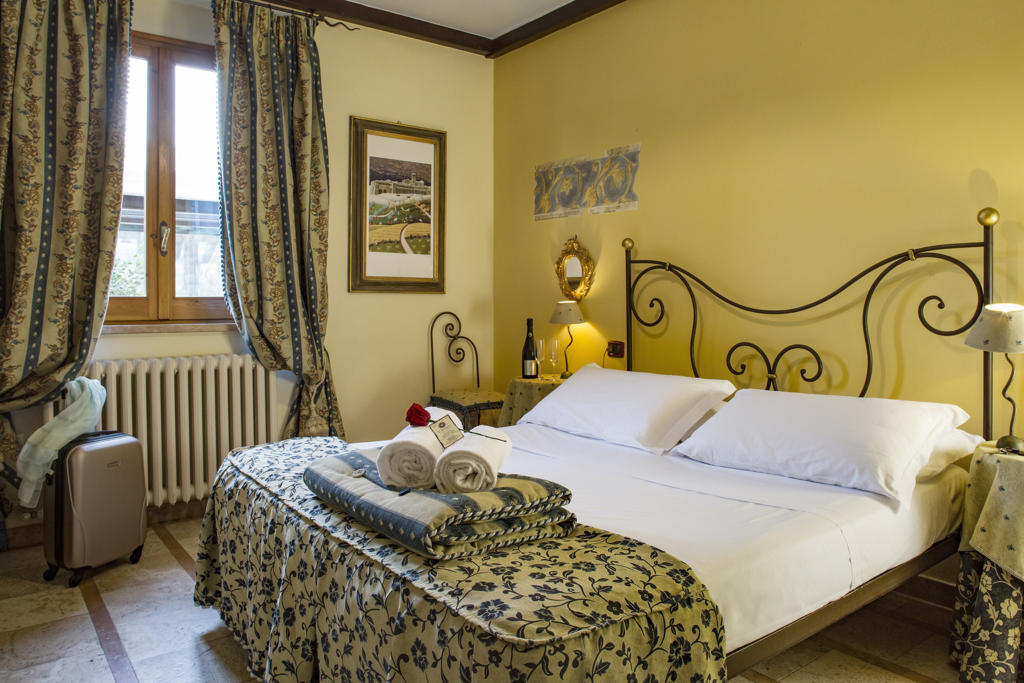 Ognissanti in country house romantica ad Assisi