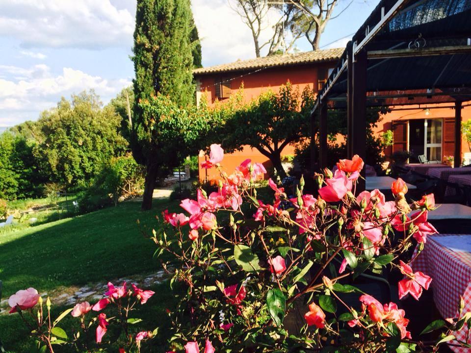 Villa con piscina a Todi