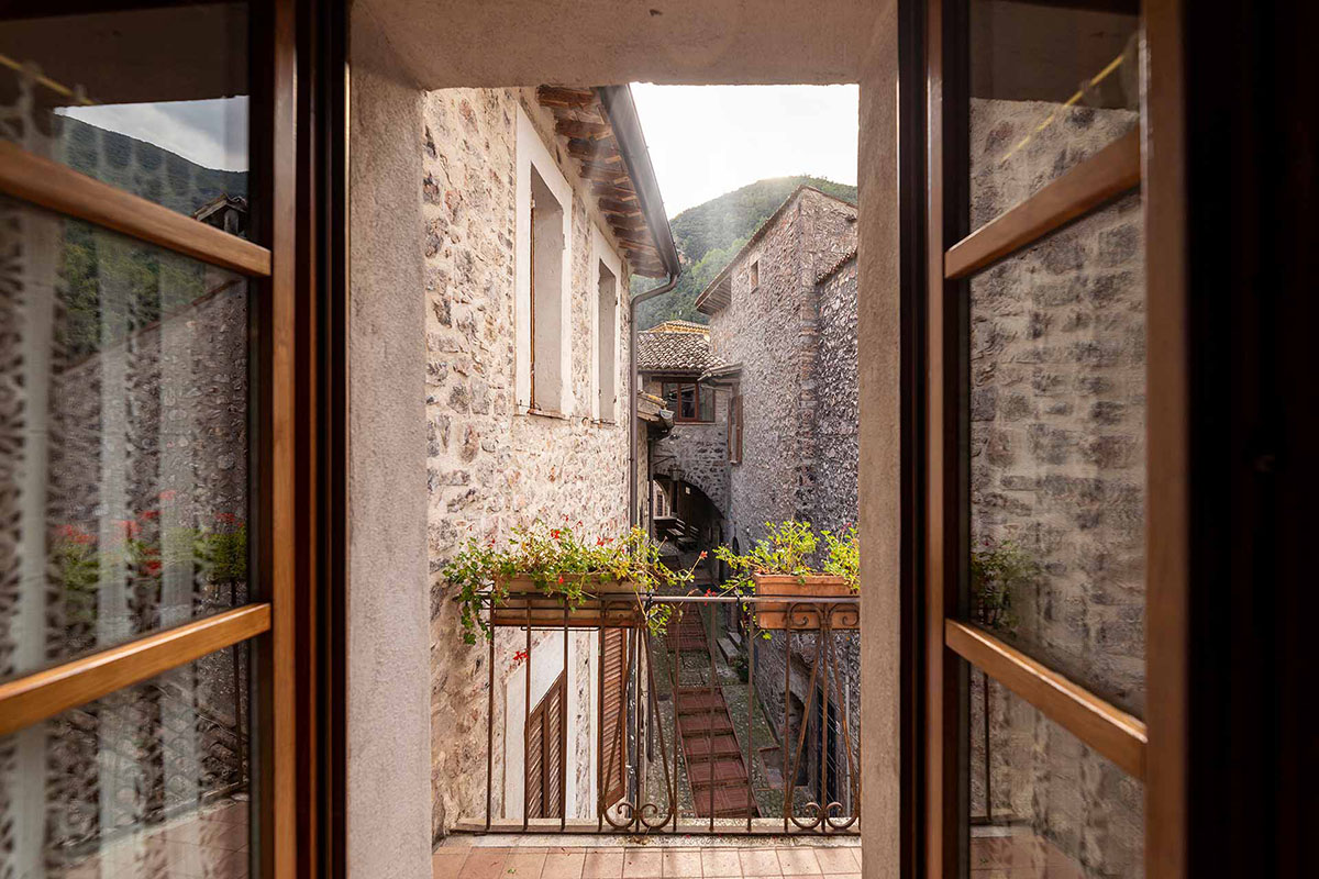 appartamenti in borgo diffuso in umbria