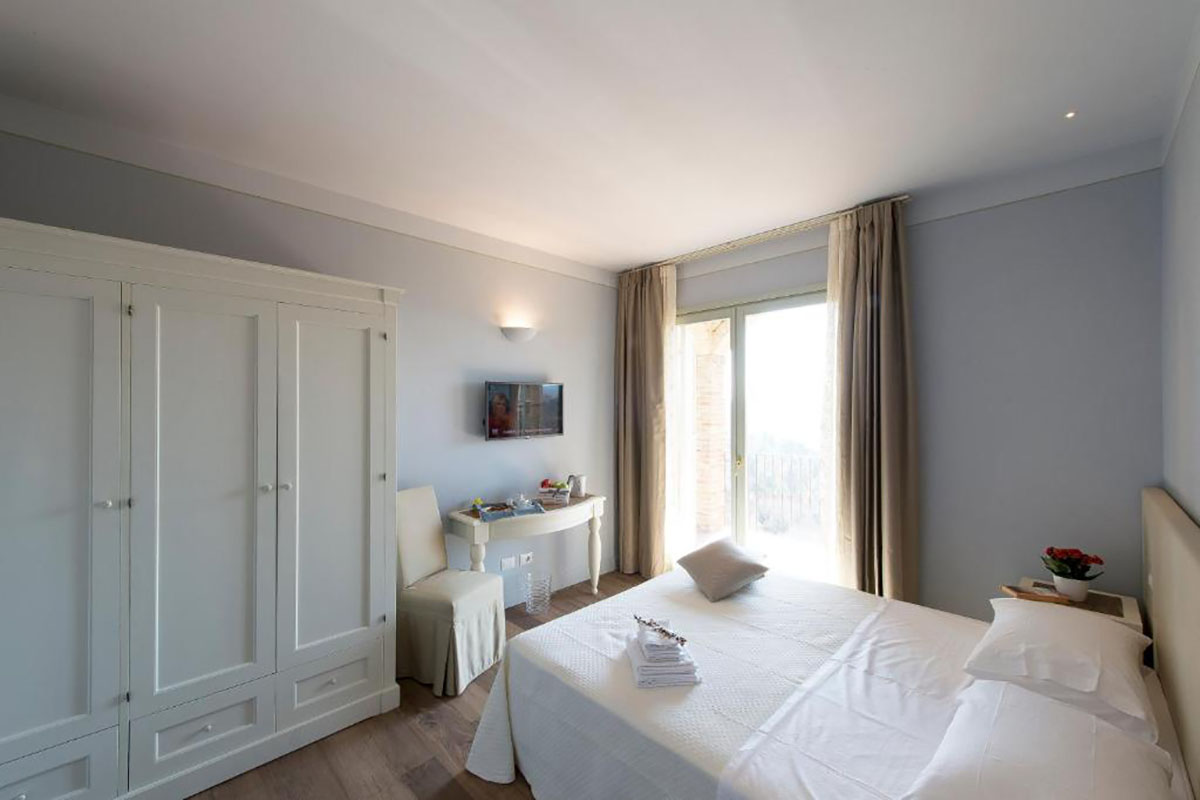 lastminute country house umbria